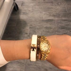 Tory Burch Kira Enamel Raised Logo Hinged Bracelet